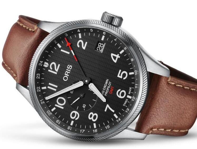 The overall design of this Oris is vintage.