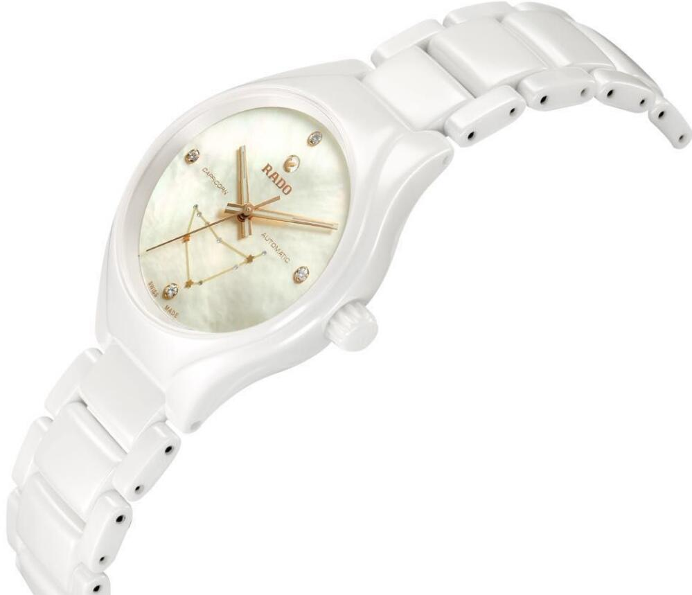New-selling knock-off watches are clean with white design.