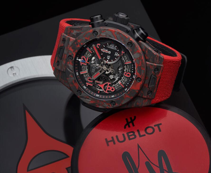 Hot fake watches are advanced with the skeleton structure.